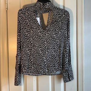 H&M Tops - Printed Key Hole Neck Blouse
